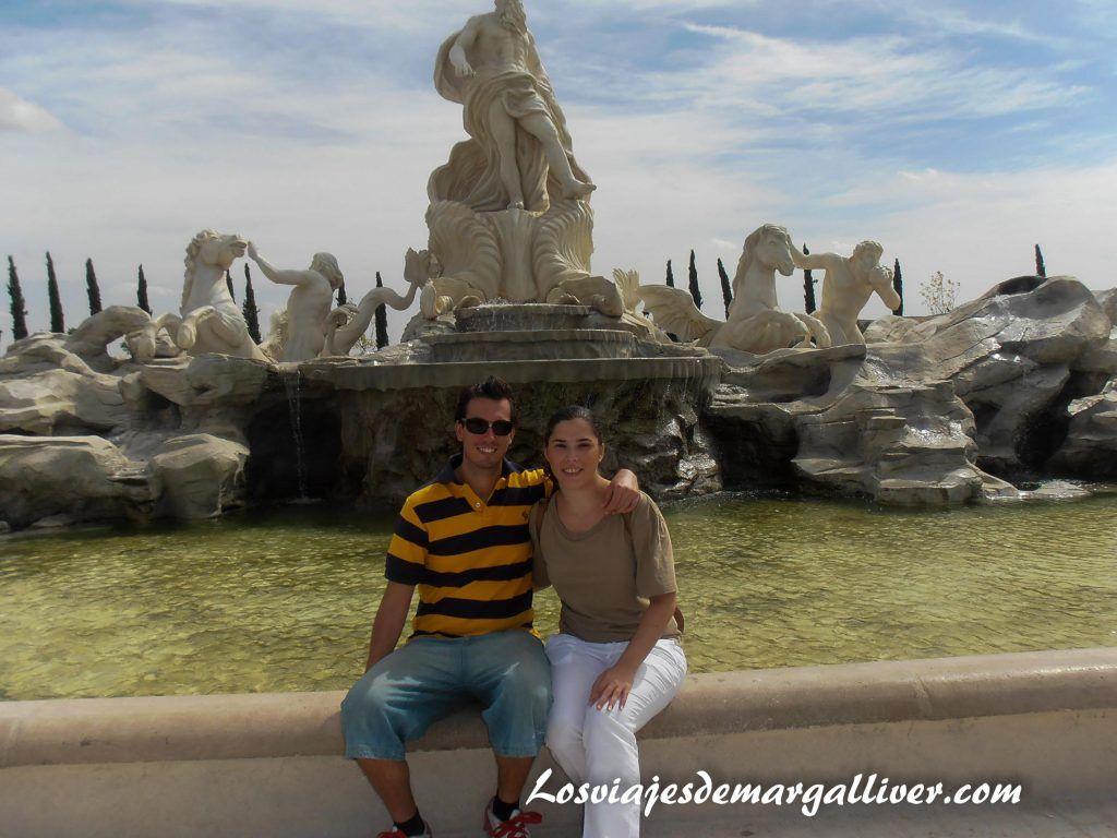 fontana di trevi del parque europa en Madrid - Los viajes de Margalliver